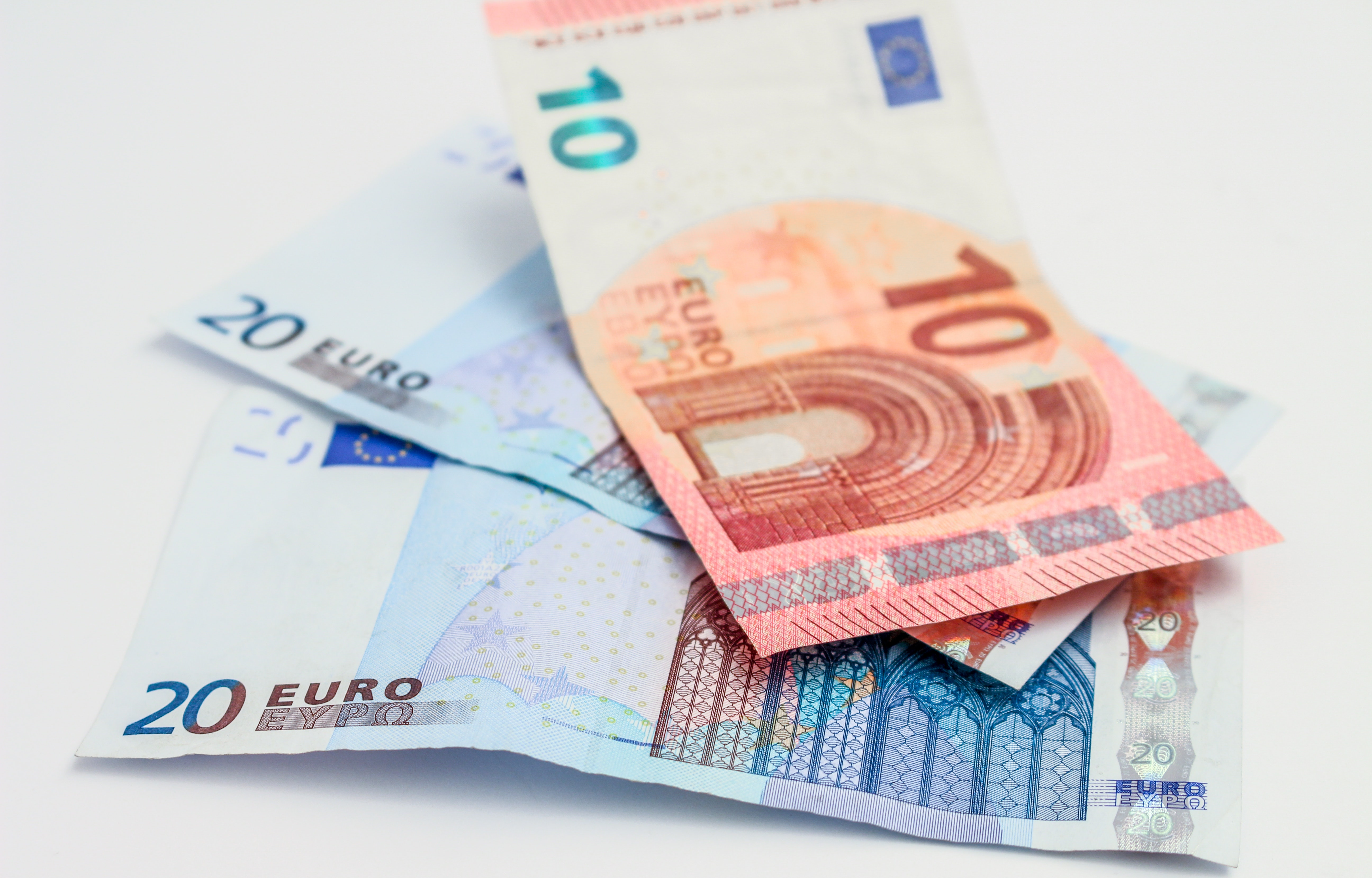 10-euros-20-euros-account-45112